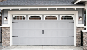 carriage_house_garage_door-install-hales-corners-wi